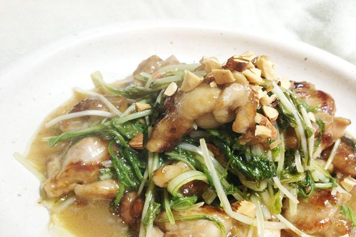 シャキシャキ水菜と柔らかもも肉の絶妙な組み合わせ